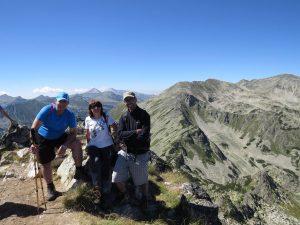 11. На връх Джангал 2 731 м. Възпитаници на Езиковата в групата.